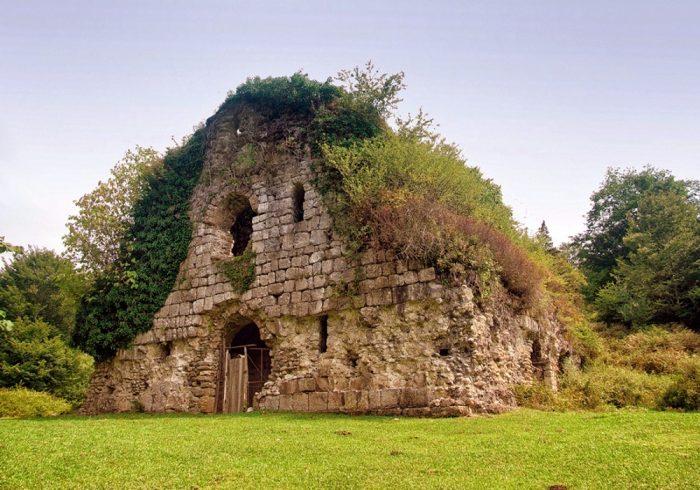 Храм Амбара
