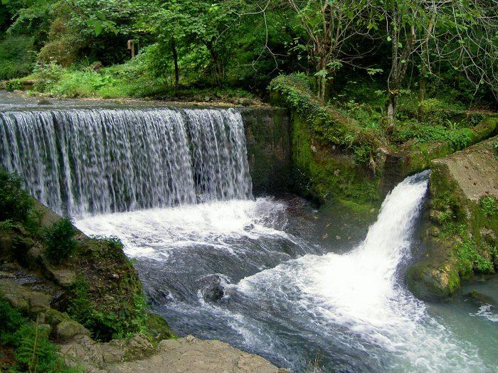 novoafonskij_vodopad[1]