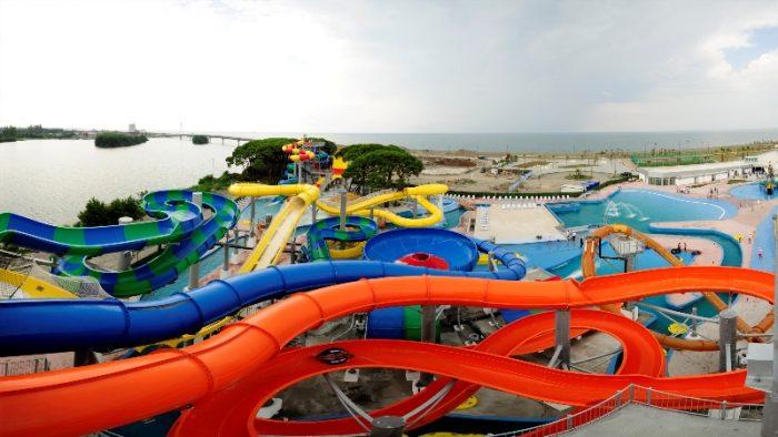 anaklia-aqua-park-on-the-black-sea-coast-1